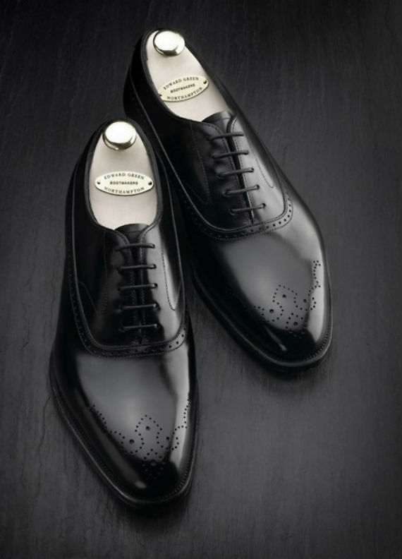 sapatos_brogues_oxfords_engraxados