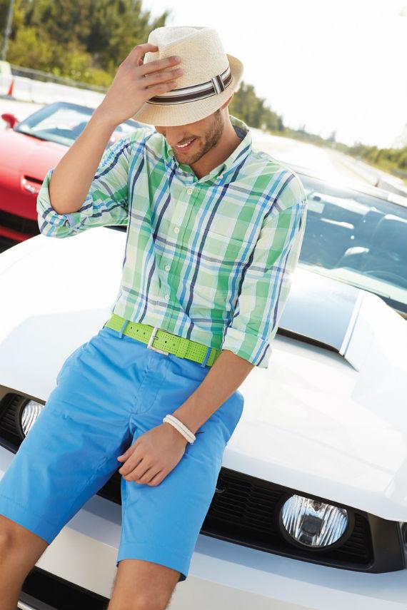 look_certo_verao_tons_fortes_bermuda_camisa