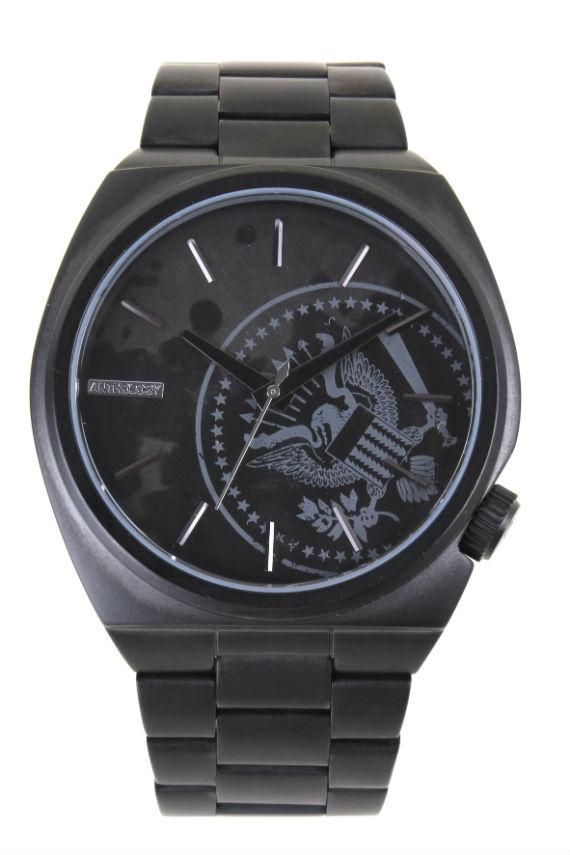 322980837 Os óculos escuros e relógios da coleção Rock Fellas já estão disponíveis  nas lojas Chilli Beans em todo o Brasil e no e-commerce da marca em ...