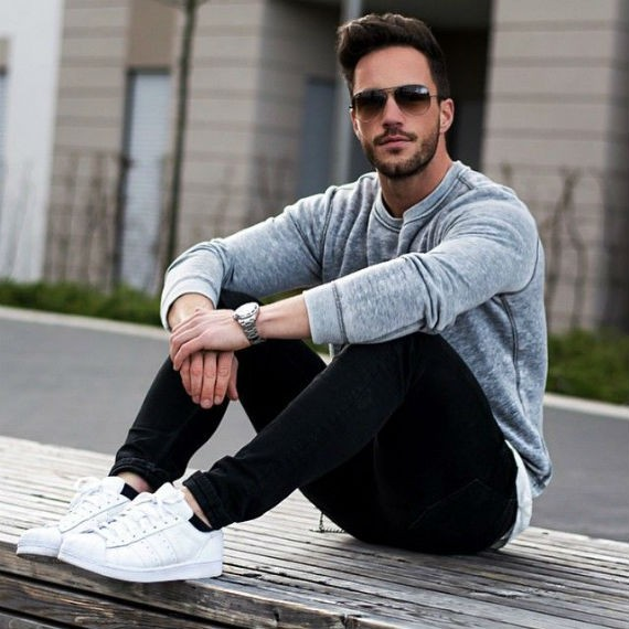 tenis_brancos_looks_masculinos_casuais_15