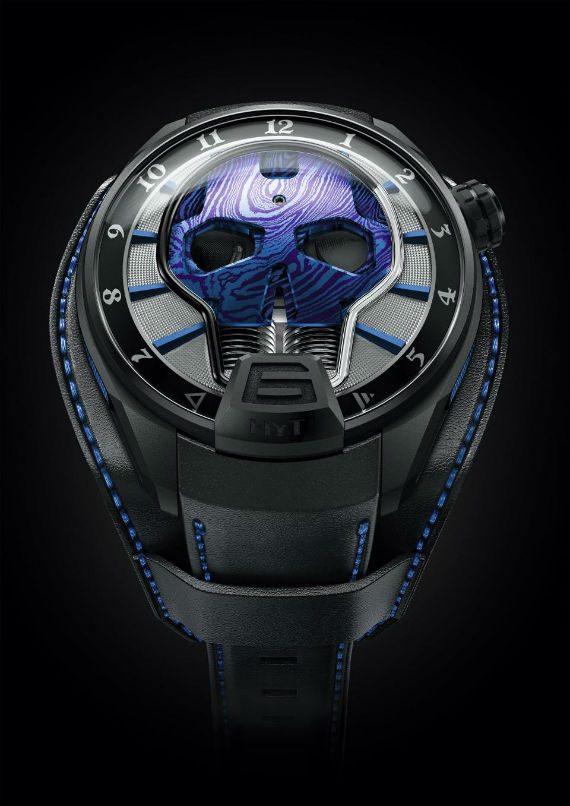 Axl Rose Lança Relógio em Parceria Com a HYT