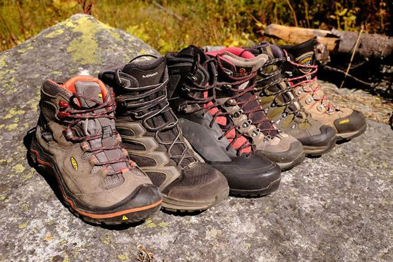 Hiking boots - tênis cano alto para caminhada