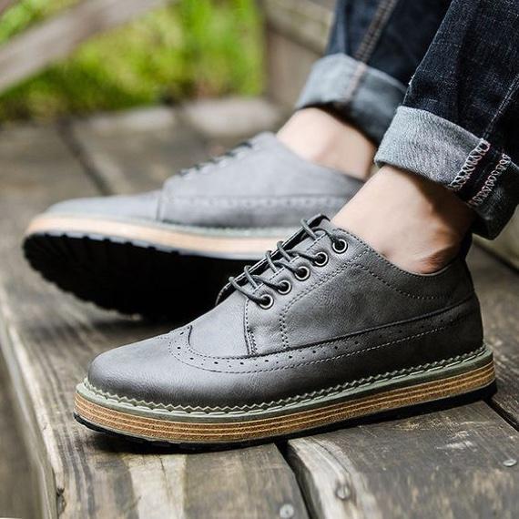 Sapatos brogue como assinatura de estilo